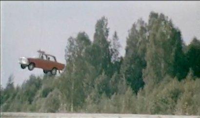 полёт москвича в бриллиантовой руке