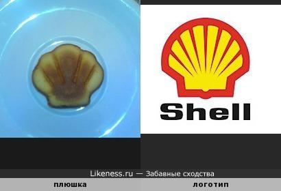 Плюшка похожа на логотип