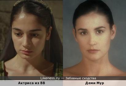 """Служанка из сериала """"Великолепный век"""" похожа на Деми Мур"""