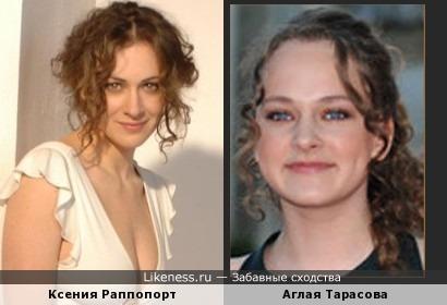 Мама и дочь очень похожи)