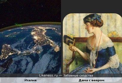 Вид ночной Италии из космоса похож на даму с веером