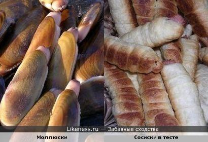 Моллюски и сосиски в тесте