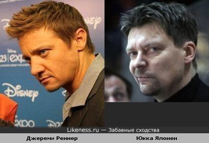 Тренер ХК СКА Юкка Ялонен и актёр Джереми Реннер