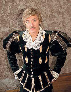 Игорь Старыгин в театральном костюме (середина 90 - х прошлого века)