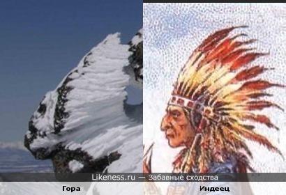 Снег на горе напоминает индейский головной убор