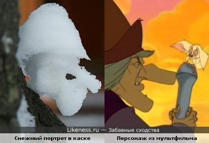 Снег на дереве и персонаж из мультфильма