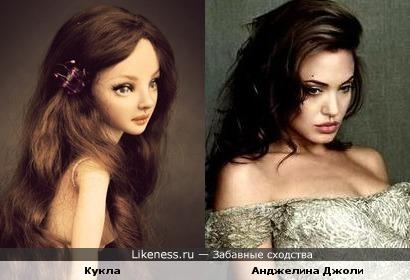 Кукла напомнила Анджелину