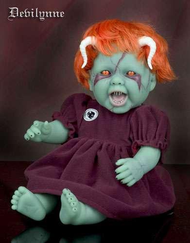 Вот еще из этой же серии куколка.