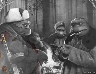 Сидят и… кушают бойцы товарищи мои…