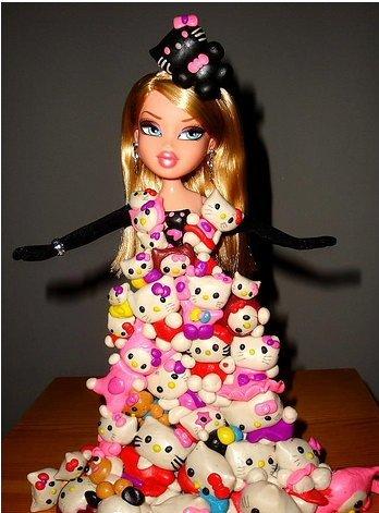 Платья из игрушек